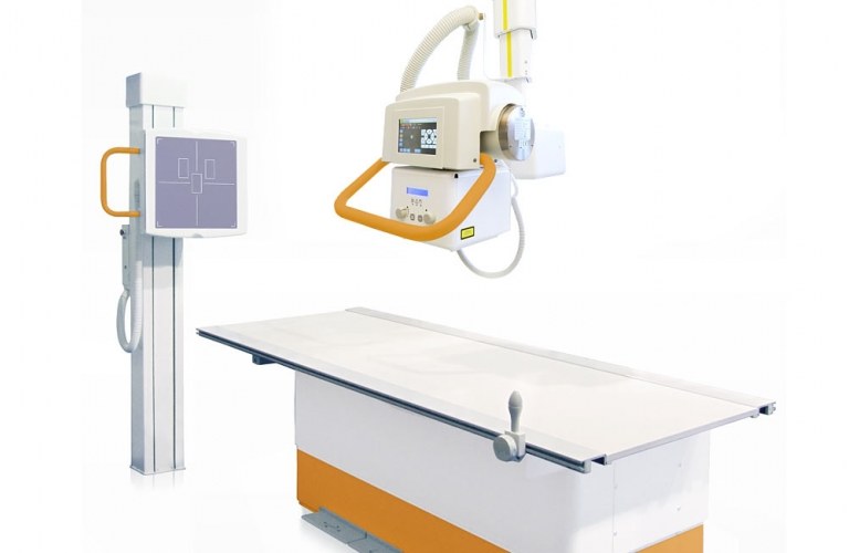 Ceiling-mounted X-ray system with adjustable patient positioning table and wall stand